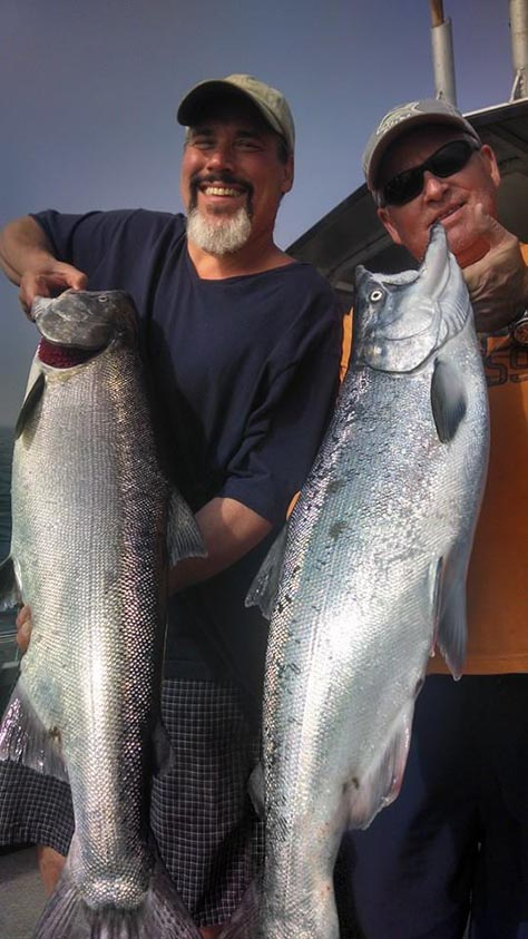 Coquille River Salmon & Steelhead Fishing Guide Service
